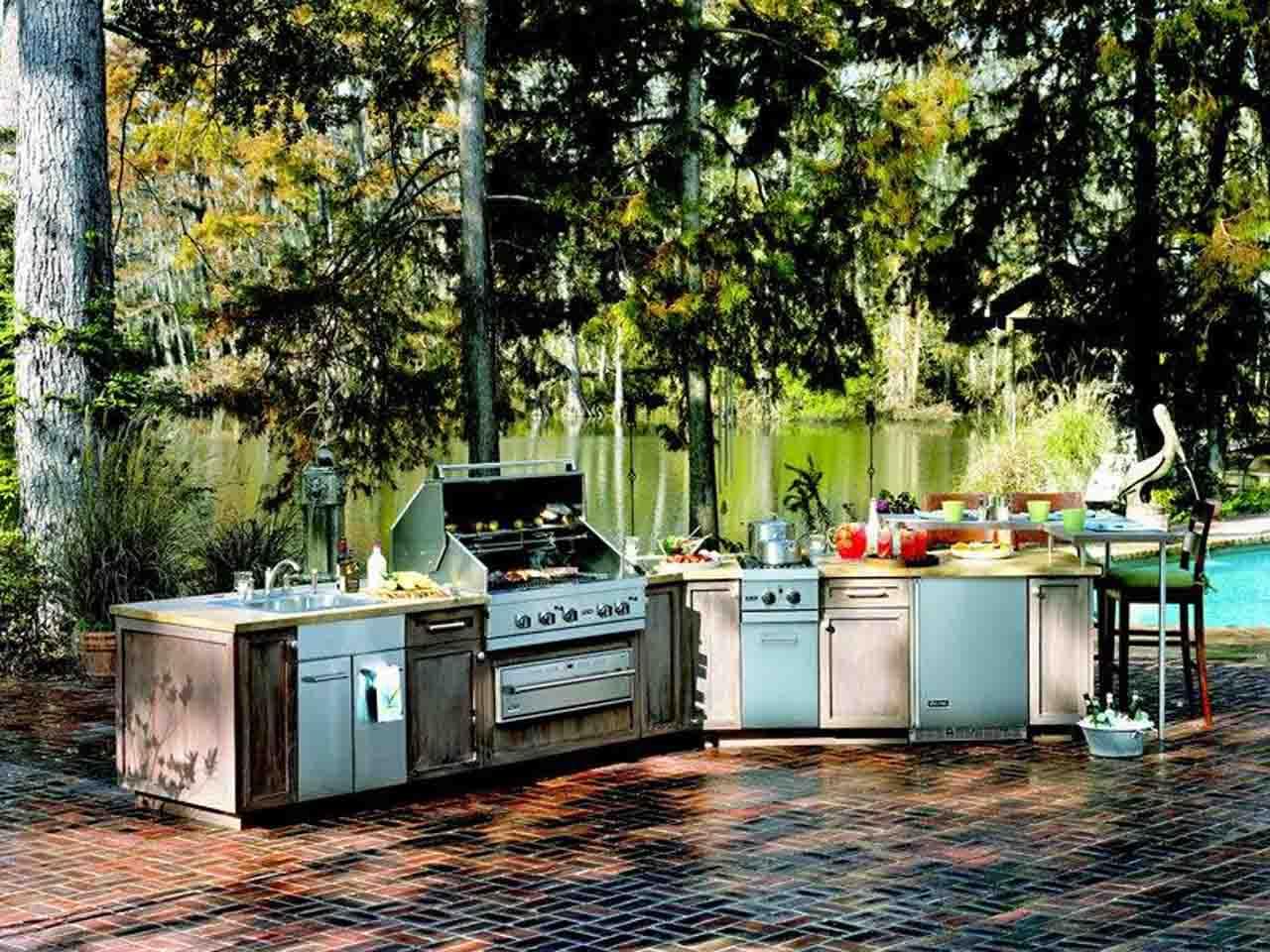 best-outdoor-kitchen-ideas-mcID - Design On Vine