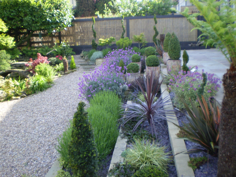Contemporary Front Garden Design Plad Design On Vine