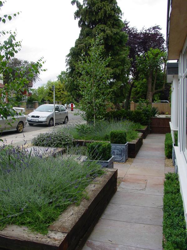 gardens-contemporary-front-garden-design-ideas-Frqa - Design On Vine
