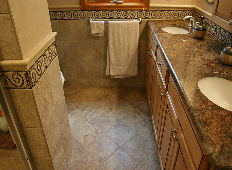 Small Bathroom Tile Ideas Pictures UuTr
