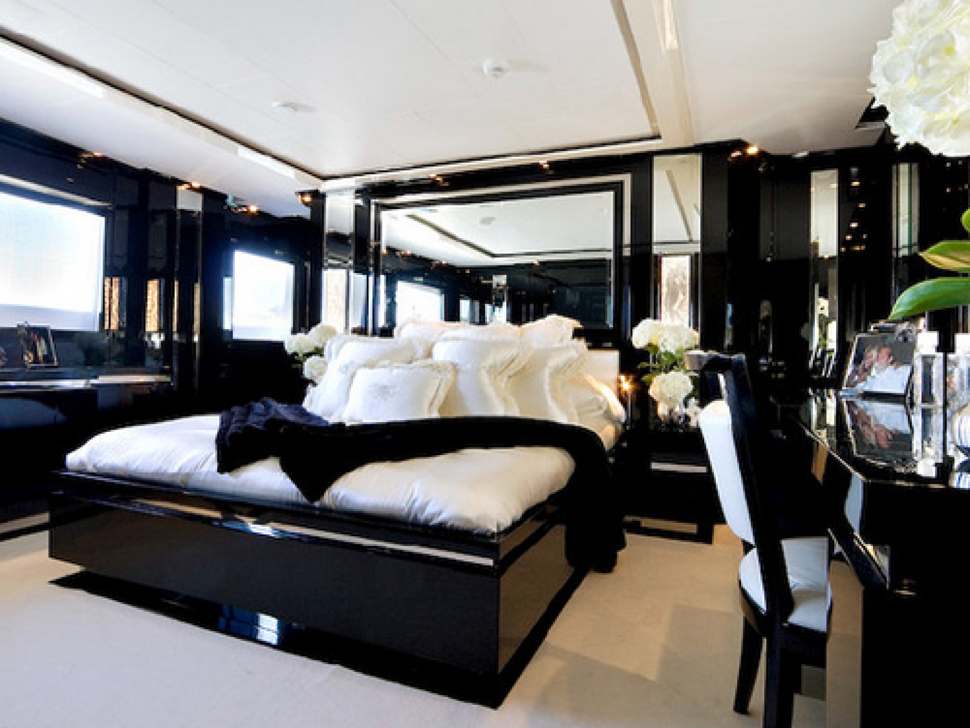 Master bedroom design with black and white - Design On Vine